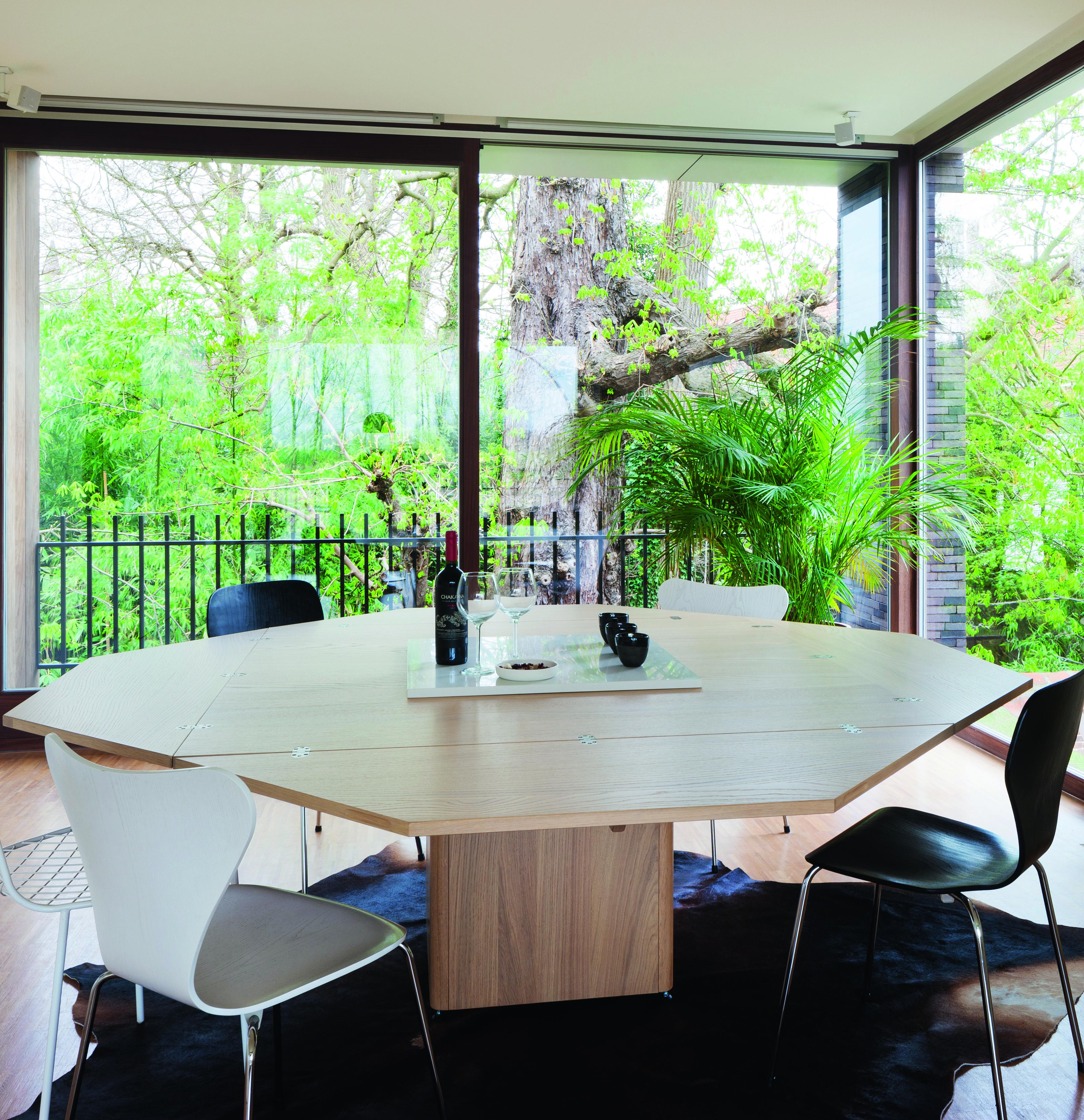Mmood - tafels op locatie B&B Arck te Tielrode