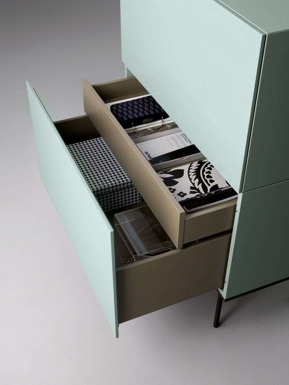 brick-lacquered-sideboard-caccaro-detail ingewerkte schuif